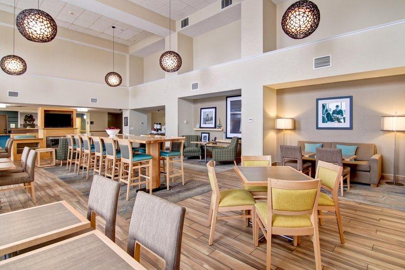 Hampton Inn &amp; Suites by Hilton Saint John-Breakfast Seating Area <br/>Image from Leonardo