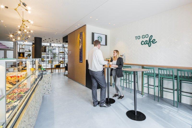Holiday Inn Paris - Marne La Vallee-Café<br/>Image from Leonardo