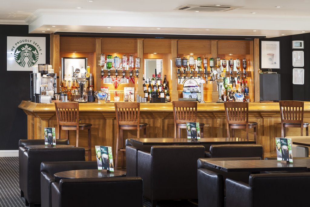 Holiday Inn Basildon-Our Lounge Bar open to both residents and non residents<br/>Image from Leonardo
