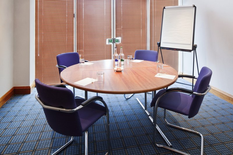 Holiday Inn Basildon-A syndicate room letting in natural daylight and Air Conditioning<br/>Image from Leonardo