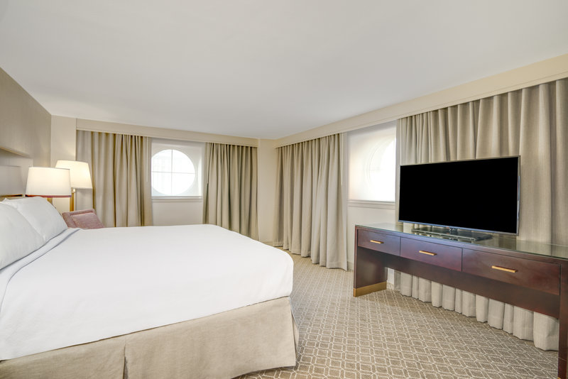 Astor Crowne Plaza French Quarter - Renovated One King Bed Deluxe Guest Room <br/>Image from Leonardo