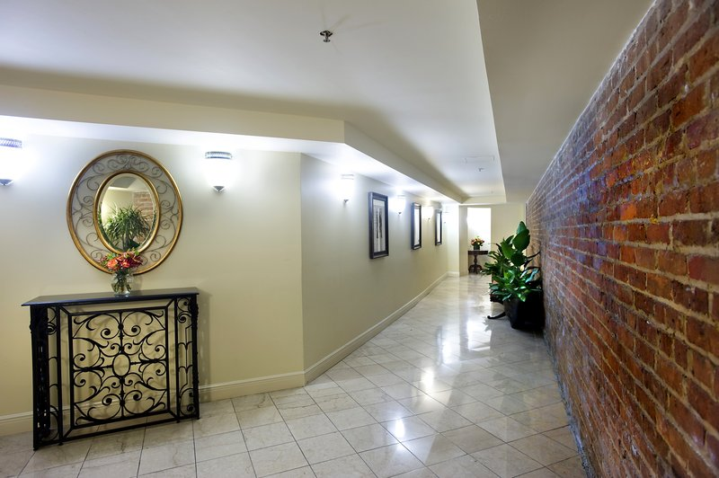 Astor Crowne Plaza French Quarter - Private walkway to historic Alexa wing of Astor Crowne Plaza <br/>Image from Leonardo