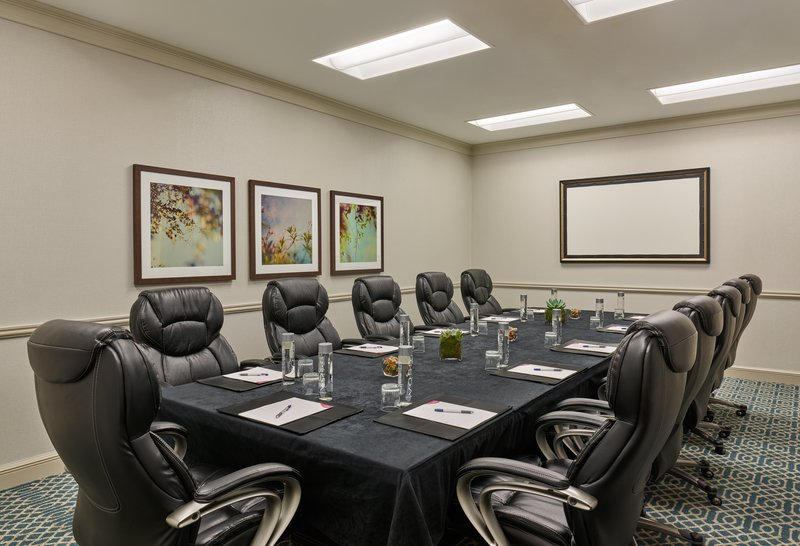 Astor Crowne Plaza French Quarter - Royal Boardroom for up to 12 attendees. <br/>Image from Leonardo