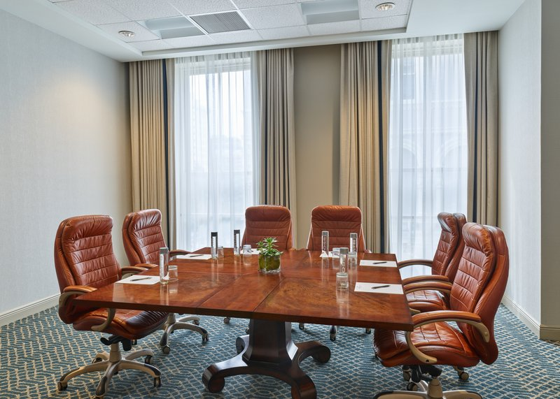 Astor Crowne Plaza French Quarter - Conti Boardroom is ideal for your meeting for up to 10 attendees. <br/>Image from Leonardo