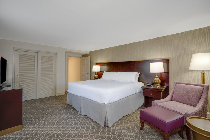 Astor Crowne Plaza French Quarter - ADA/Hearing accessible King Guest Room <br/>Image from Leonardo
