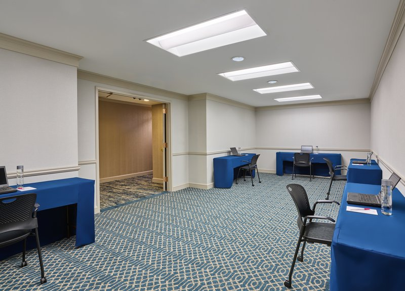 Astor Crowne Plaza French Quarter - Chartres is an ideal office solution for your attendees. <br/>Image from Leonardo