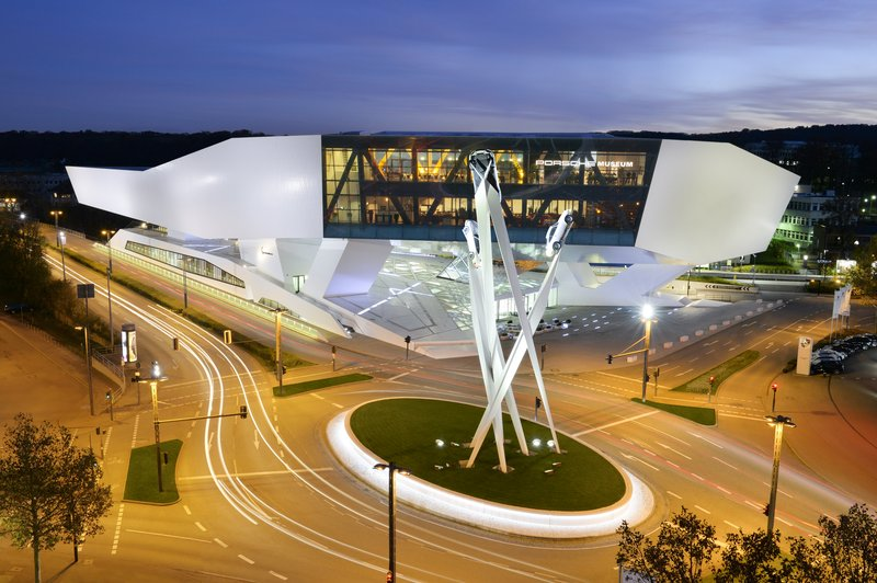 Holiday Inn Stuttgart-Porsche Museum<br/>Image from Leonardo