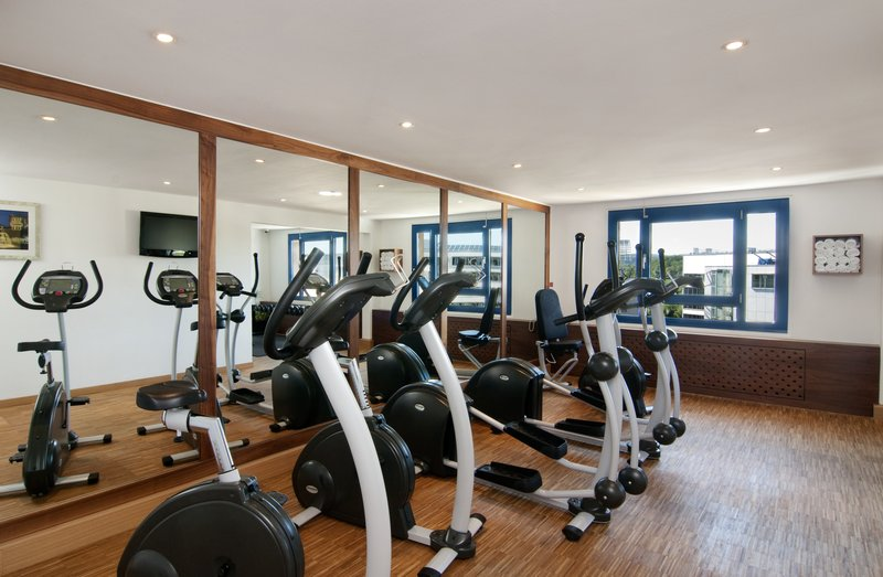Holiday Inn Stuttgart-Keep yourself fit in our mini-gym with modern equipment<br/>Image from Leonardo
