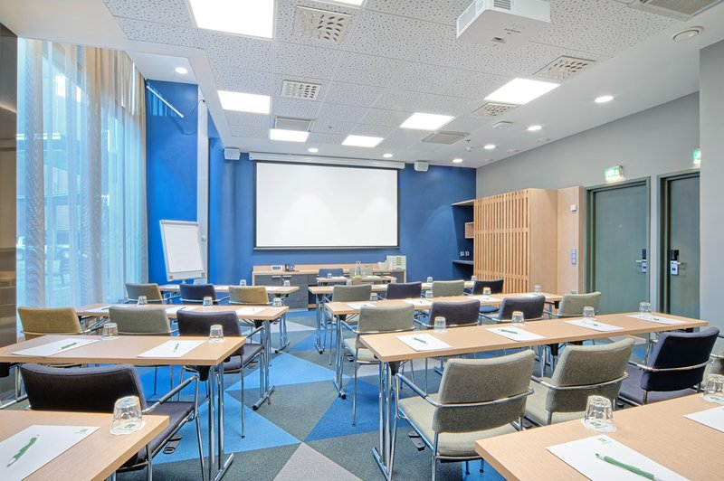 Holiday Inn Helsinki - West -Ruoholahti-Skipper is our new meeting room for up to 30 people<br/>Image from Leonardo