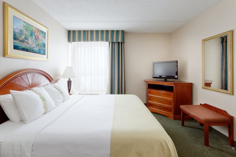 Holiday Inn Utica-Our suites have a full sized kitchen!<br/>Image from Leonardo
