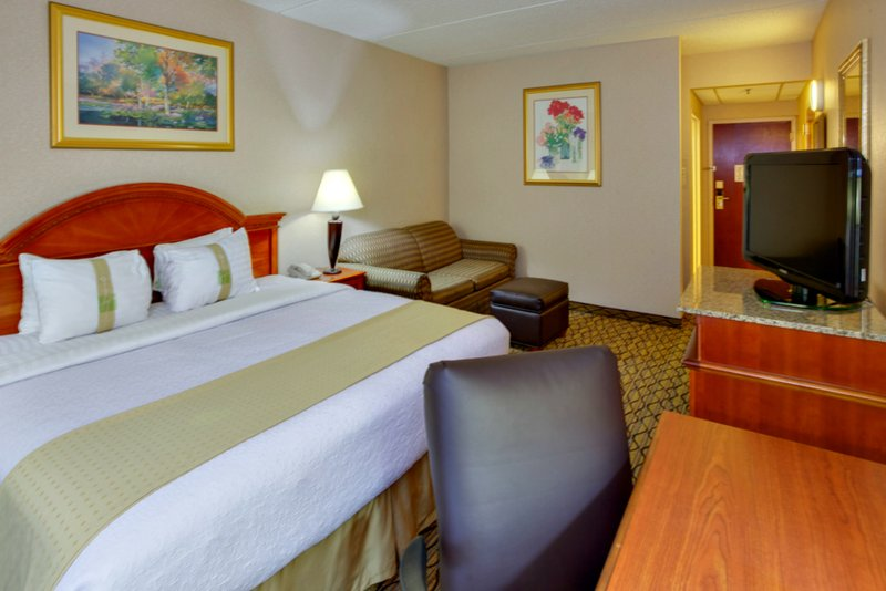 Holiday Inn Utica-Graduations and Family Weekends fill up our king rooms fast!<br/>Image from Leonardo