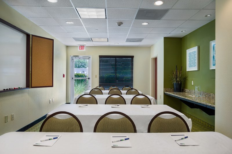 Holiday Inn Express & Suites Savannah - Midtown-Meeting Room - Classroom Style<br/>Image from Leonardo