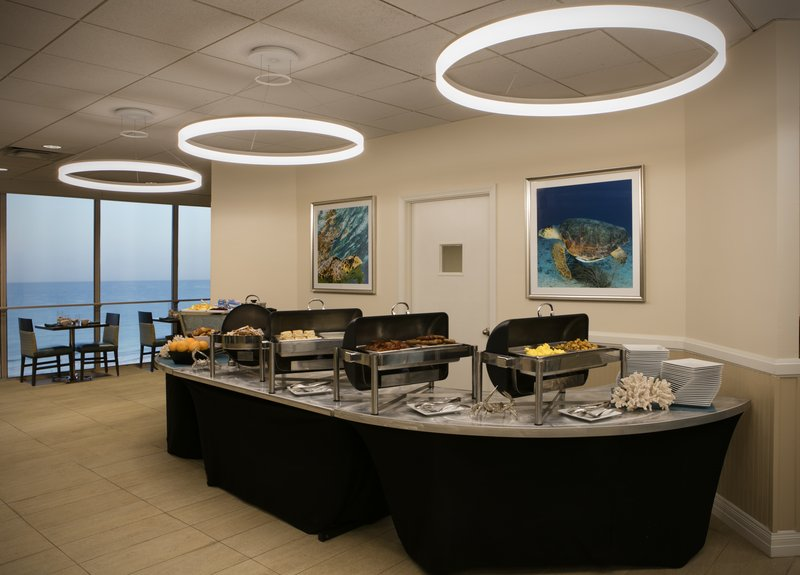 Lido Beach Holiday Inn-Breakfast buffet<br/>Image from Leonardo