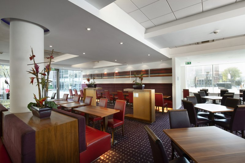 Holiday Inn Express Newcastle City Centre-Our welcoming lounge is the ideal spot to work, eat and chill out!<br/>Image from Leonardo