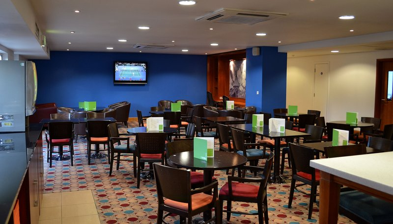 Holiday Inn Express Shrewsbury-Breakfast Area<br/>Image from Leonardo