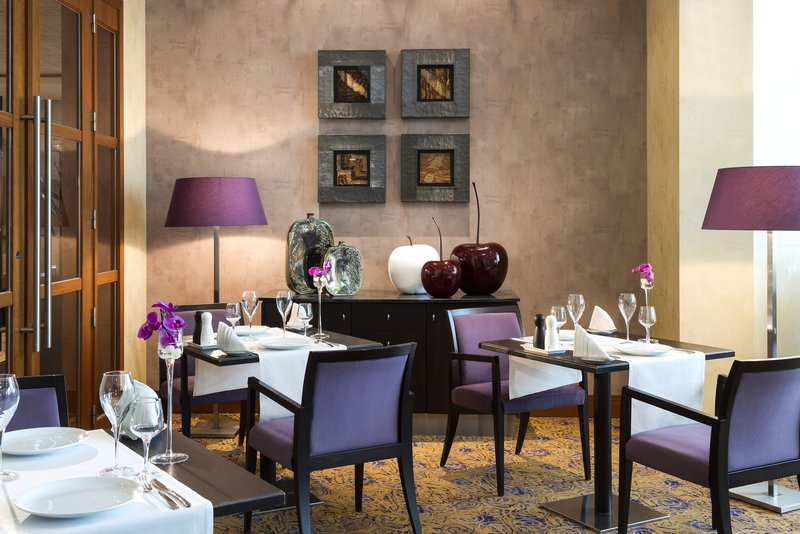 Crowne Plaza Brussels Airport-Restaurant in Brussels Airport area<br/>Image from Leonardo