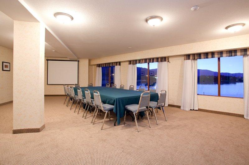 Holiday Inn Hotel & Suites Osoyoos-Holiday Inn Osoyoos Kingfisher Meeting Room<br/>Image from Leonardo