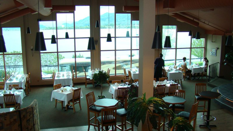 Holiday Inn Hotel & Suites Osoyoos-Sol Grill Fine Dining<br/>Image from Leonardo