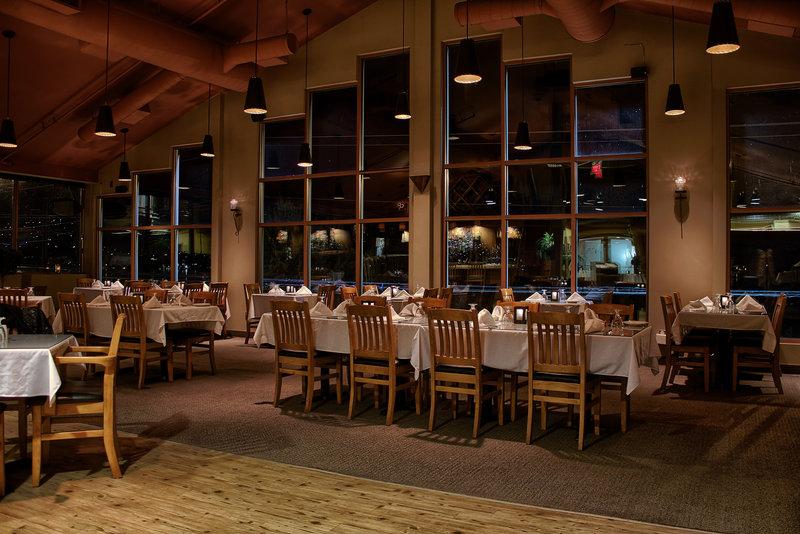 Holiday Inn Hotel & Suites Osoyoos-Restaurant<br/>Image from Leonardo