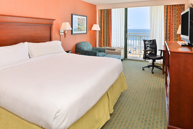Holiday Inn Express And Suites Virginia Beach Oceanfront-King Bed Guest Room<br/>Image from Leonardo