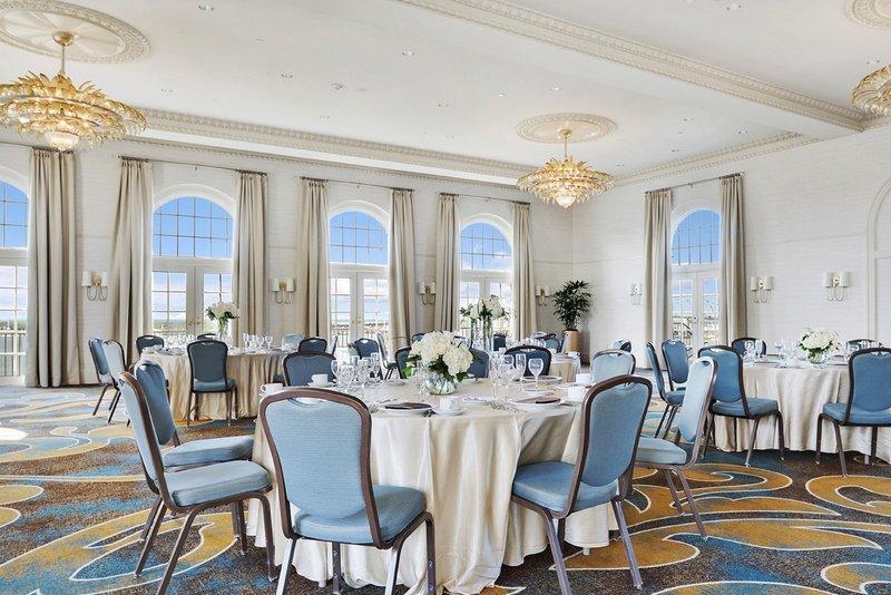 Hilton Baton Rouge Capitol Center-Wedding Reception Space<br/>Image from Leonardo