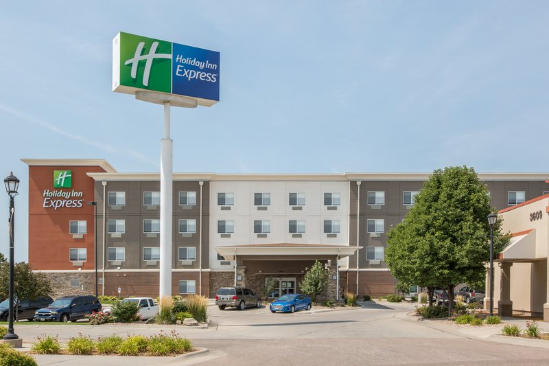 Holiday Inn Express Hastings-Located next to Hastings Softball Complex <br/>Image from Leonardo