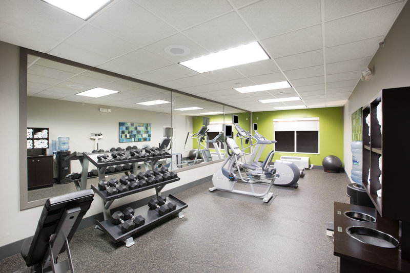 Holiday Inn Express Hastings-Dumbells range from 5lbs to 50lbs sets <br/>Image from Leonardo