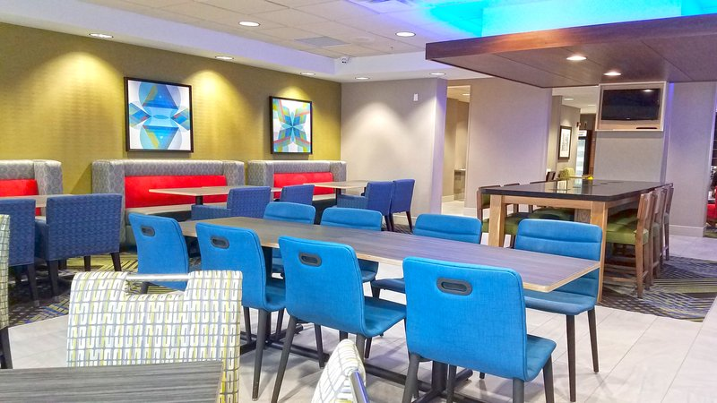 Holiday Inn Express Hastings-Complementary breakfast everyday - comfortable clean seating<br/>Image from Leonardo