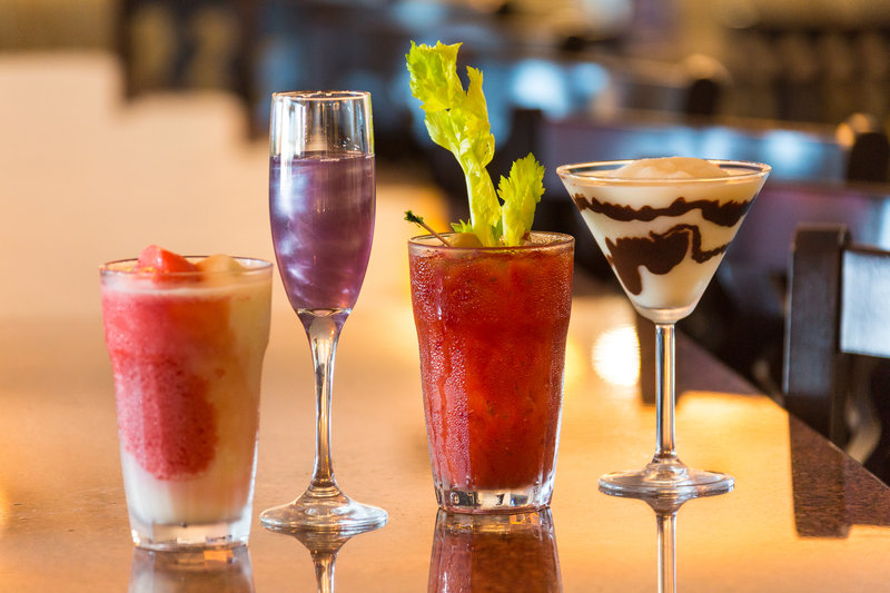 Holiday Inn Resort Daytona Beach Oceanfront-Enjoy a variety of refreshing cocktails in our H2O Bar and Grill<br/>Image from Leonardo