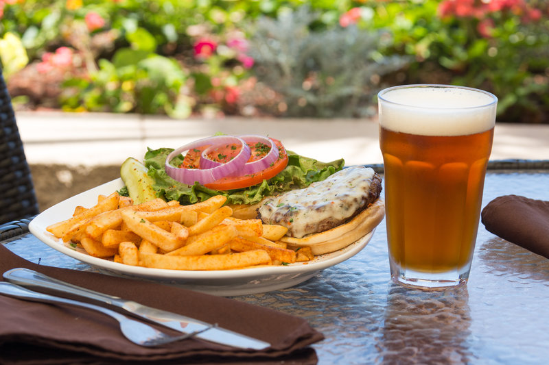 Holiday Inn Resort Daytona Beach Oceanfront-Tasty signature burgers and ice cold beer<br/>Image from Leonardo