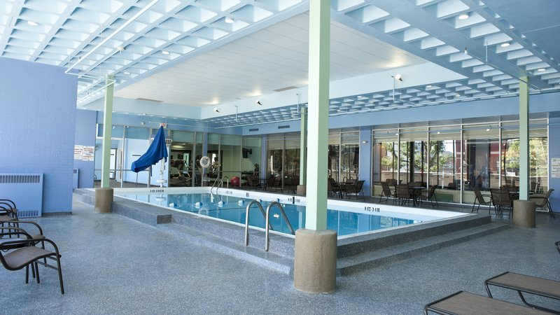 Holiday Inn Rock Island - Quad Cities-Swimming Pool<br/>Image from Leonardo