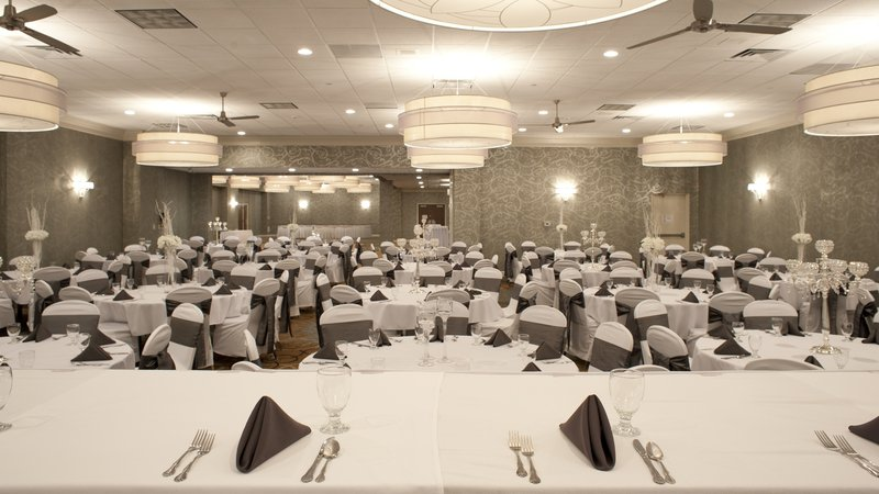 Holiday Inn Rock Island - Quad Cities-Looking through the Grand Ballroom from the head table<br/>Image from Leonardo