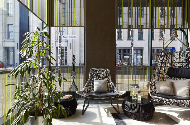 Hotel Indigo Berlin Centre Alexanderplatz-The elegant lobby is an ideal spot to meet friends or clients.<br/>Image from Leonardo