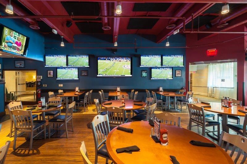 Crowne Plaza Boston - Woburn-Scoreboard Bar<br/>Image from Leonardo