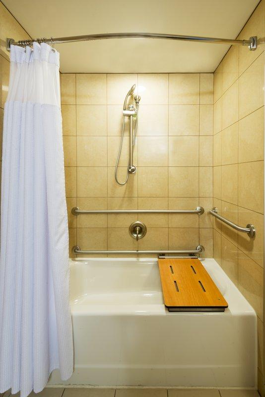 Crowne Plaza Boston - Woburn-Seated Tub<br/>Image from Leonardo