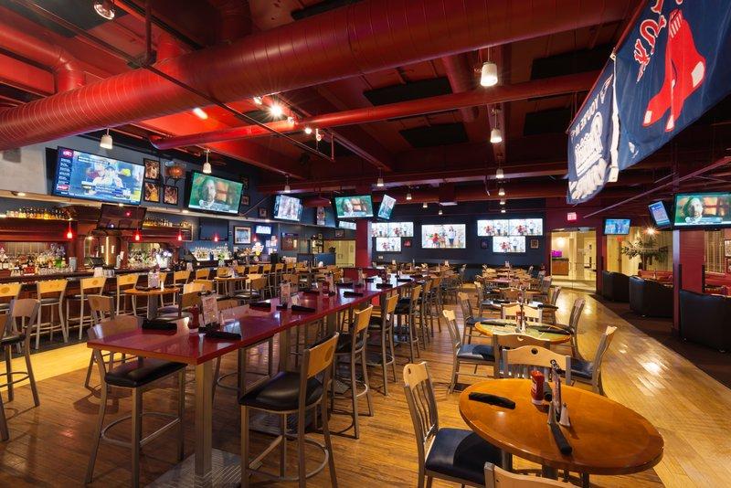 Crowne Plaza Boston - Woburn-Scoreboard Bar 4<br/>Image from Leonardo