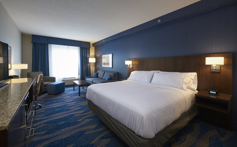 Holiday Inn Express & Suites St John's Airport-Holiday Inn Express & Suite St. John's Airport - King Suite<br/>Image from Leonardo