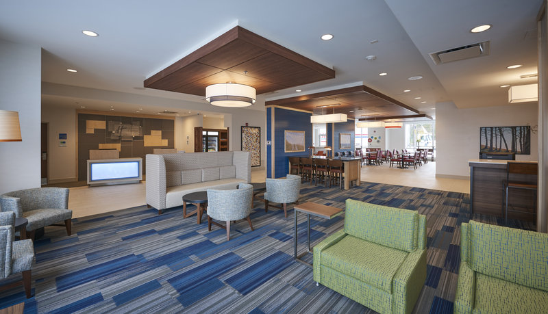 Holiday Inn Express & Suites St John's Airport-Holiday Inn Express & Suites St. John's Airport - Lobby Lounge<br/>Image from Leonardo