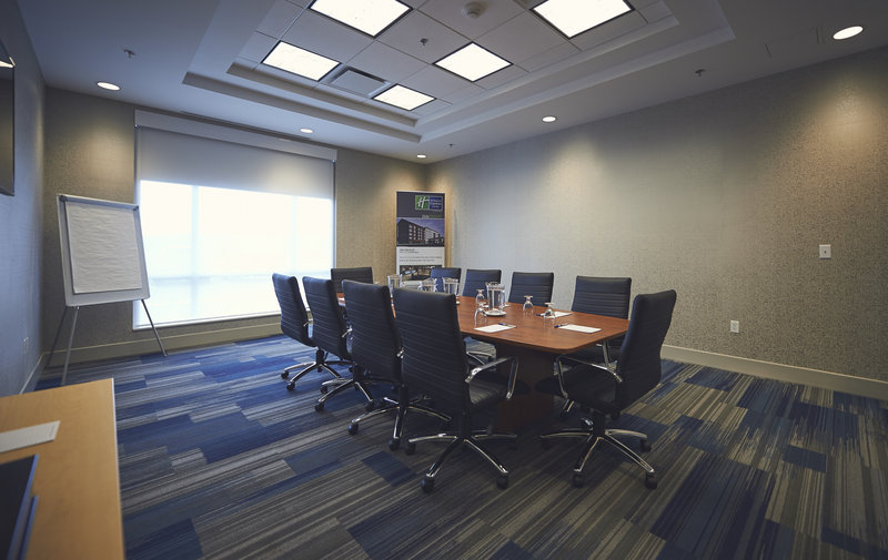 Holiday Inn Express & Suites St John's Airport-Holiday Inn Express & Suites St. John's Airport Earhart Boardroom<br/>Image from Leonardo