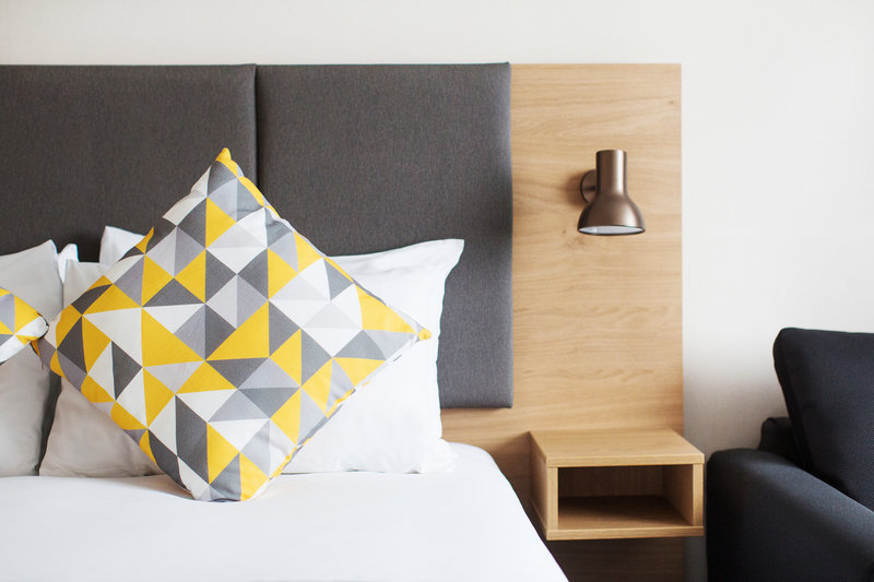 Holiday Inn Reading-South M4, Jct.11-Room Feature<br/>Image from Leonardo