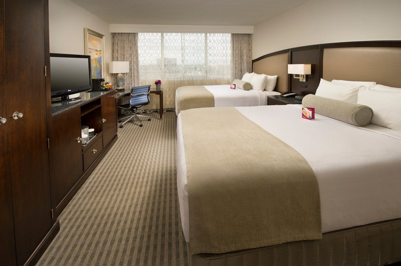 Crowne Plaza Seattle Airport-Two Queen Bed Guest Room<br/>Image from Leonardo