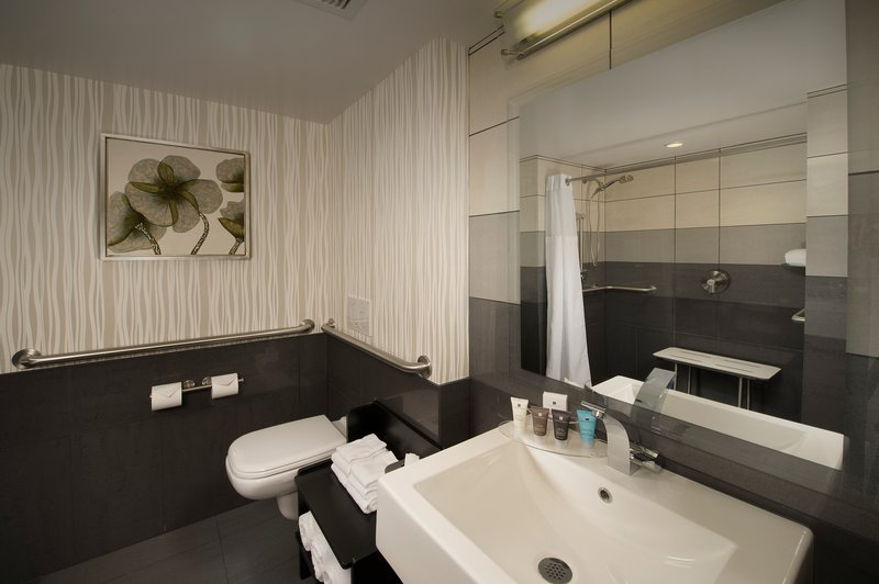Crowne Plaza Seattle Airport-Guest Bathroom<br/>Image from Leonardo