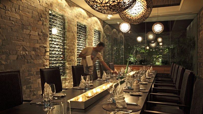 InterContinental Fiji Golf Resort & Spa-Navo Private Dining Room<br/>Image from Leonardo
