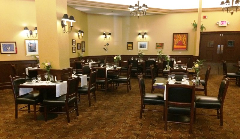 Crowne Plaza Edison-Restaurant<br/>Image from Leonardo