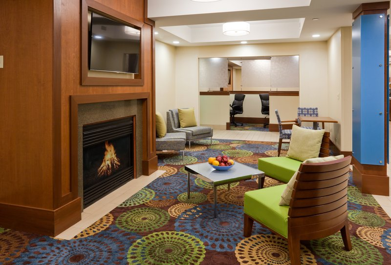 Holiday Inn Express Cedar Rapids (Collins Rd)-Enjoy our hotel lobby while waiting for friends<br/>Image from Leonardo