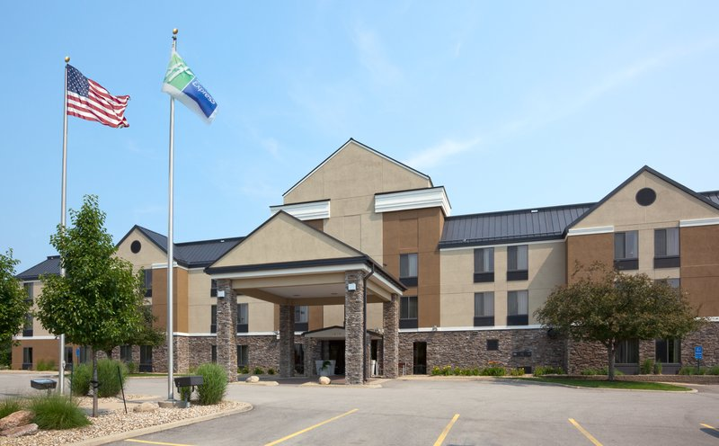 Holiday Inn Express Cedar Rapids (Collins Rd)-Welcome to our Cedar Rapids, IA Hotel<br/>Image from Leonardo