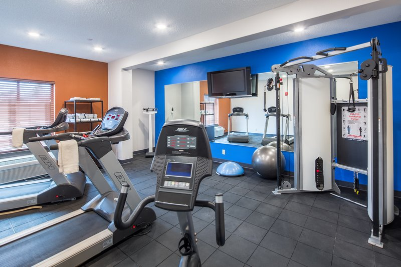 Holiday Inn Express Cedar Rapids (Collins Rd)-Enjoy our fitness center with treadmills, weight machines & more.<br/>Image from Leonardo