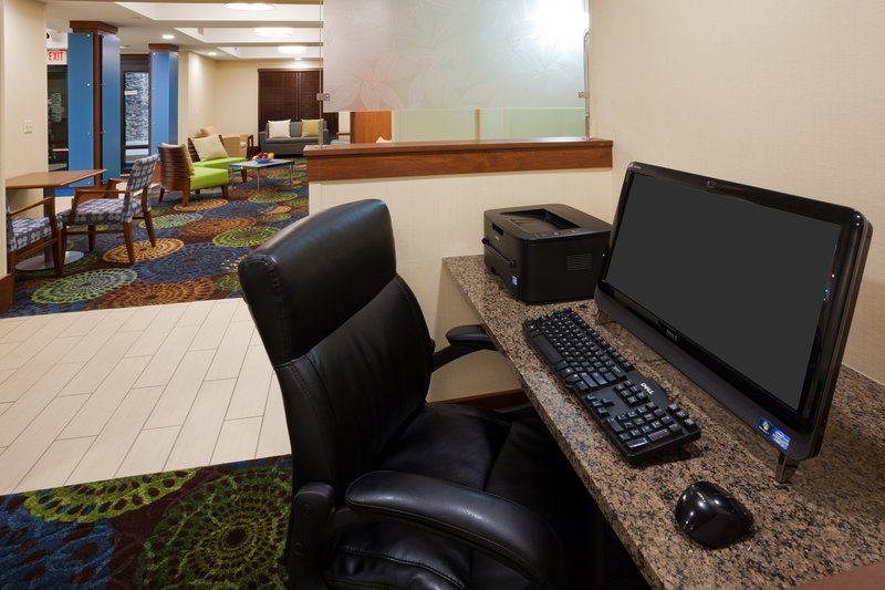 Holiday Inn Express Cedar Rapids (Collins Rd)-Business Center with free internet access and printing.<br/>Image from Leonardo