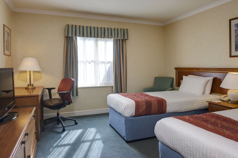 Holiday Inn Ipswich - Orwell-Twin Bedroom<br/>Image from Leonardo