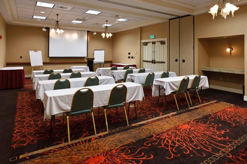 Holiday Inn Colorado Springs Airport-Colorado Springs Hotel Banquet Room for Meetings<br/>Image from Leonardo